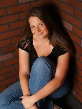 Katie McGarry - author pic (4)
