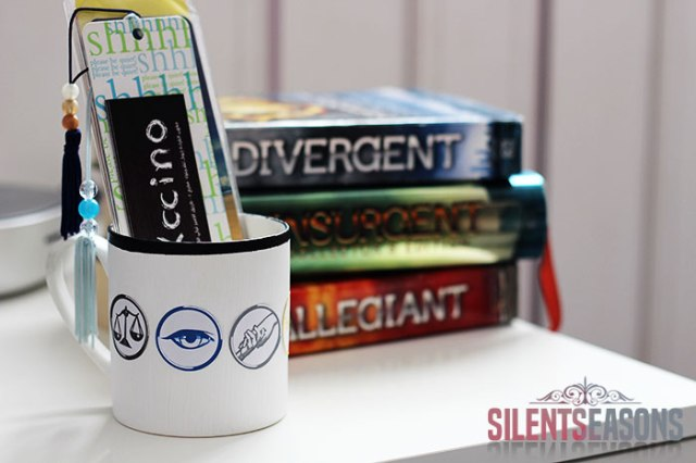 Bookish_DIY_Divergent_Mug2_silentseasons